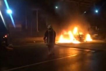 Джип изгоря тази сутрин в Санданско