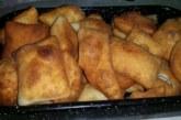Мекици на фурна с шунка и сирене