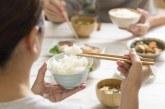 Експерти бият тревога: Пазарът е залят с фалшив пластмасов ориз, вижте как да го познаете!