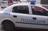 ПОЛИЦИЯ НА УЛ. Г. ДИМИТРОВ В СИМИТЛИ! Майка с дете спряха в забранена зона, дъщеря й отвори вратата и …