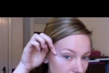 Залепи тиксо под очите си и започна да се гримира: Когато видите крайния резултат, ще направите същото (Видео)