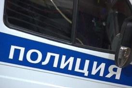 Кражба в пиков час в Сандански! Бандит издебна навалицата и претараши паркиран автомобил