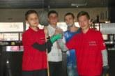 Двама братя на 9 и 10 г. победиха баща си на билярд в Петрич