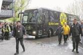 КОШМАР В ДОРТМУНД: Бомби избухнаха до автобуса на Борусия! Марк Бартра откаран по спешност в болница!