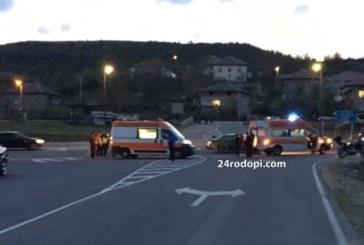 Тежка катастрофа на пътя за Маказа, кола помете мотор, има пострадали
