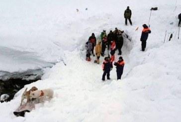 """Трагедия в Русия! Лавина затрупа сътрудник на """"Газпром"""" и сина му"""