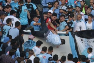 Футболен фен почина след побой и падане от трибуните, издъхна в болницата