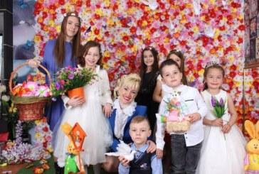 Вижте каква страхотна дъщеря има Сашка Васева (СНИМКИ)
