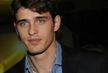 В Русия треперят: Най-красивият им актьор падна от 5-тия етаж и не се знае…