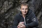 Легендарен алпинист загина под Еверест