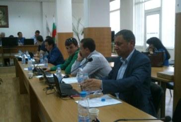 Лидерът на РЗС Яне Янев със скандално изказване на сесия в Сандански:  Крайно време е да кажем на гражданите кой управлява УВЕКС – общината или мафията