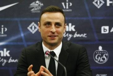 Димитър Бербатов: Постигнах нещата, които исках! Докато мога ще играя футбол!