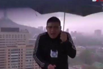 Мълния порази телевизионен водещ по време на пряко предаване