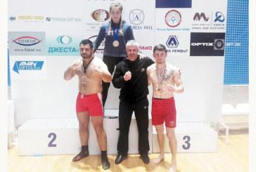 Съдийска тесла мотивира самбист от Кочан за държавна титла, благоевградчани изстрадаха 3 медала
