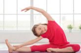 Йогата подобрява резултатите на детето в училище, намалява стреса и безпокойството