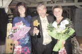 Трима рожденици – д-р Ст. Кръстев и медсестрите Св. Никова  и Л. Филипова, събраха колегите си на общо тържество