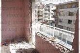 STRUMA.BG ОТ МЯСТОТО! Фалиралият бизнесмен Ив. Стойчев-Дилъра превърна иззетия му от банката апартамент в руина