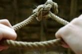Трагични подробности за самоубийството в Сатовчанско! Младежът живеел сам след развода на родителите си, майката е в Софийско, а бащата на гурбет в Испания