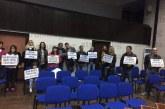"""БЛАГОЕВГРАДЧАНИ НА БУНТ! Граждански протест посрещна общинските съветници пред зала """"22 септември"""""""