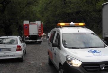КРЪВ ОПЛИСКА КРЕСНЕНСКОТО ДЕФИЛЕ! Двама загинаха след челен удар, има ранени