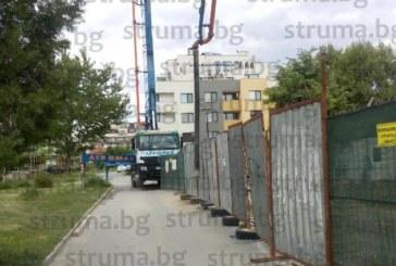 30-г. мъж от Санданско е пострадалият в Благоевград работник, бетон-помпата го е изхвърлила на 3-4 метра