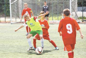 """Петрички ученици се вкопчиха във футболен мач на ст. """"Раковски"""""""