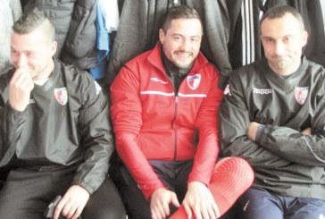 """Феновете на """"Бела"""" заработиха глоба на любимците си, футболист застава пред съда с обвинение в подкуп"""