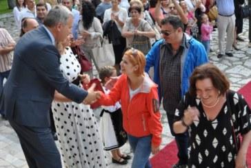Министърът на културата Боил Банов открива театралните празници в Разлог