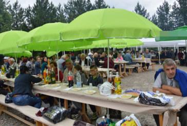 Стотици хапнаха курбан за здраве! Кметът Камбитов: Господ да пази Вас! Господ да пази Благоевград /СНИМКИ/