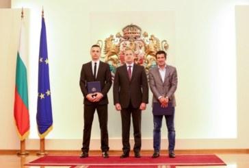 Почетен знак на президента за Бербатов и Фиго