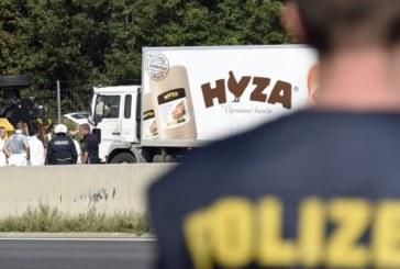 """Българският шофьор на """"камиона ковчег"""" в Унгария знаел, че мигрантите се задушават"""