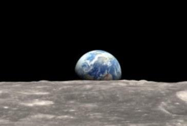 Стивън Хокинг: Човечеството бързо да напуска Земята, гибелта му е въпрос на време