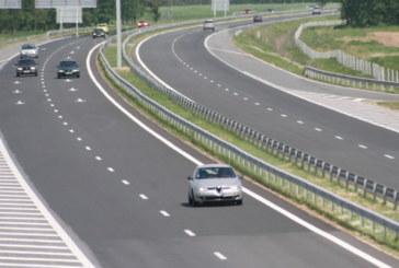 Катастрофа с два тира на магистралата
