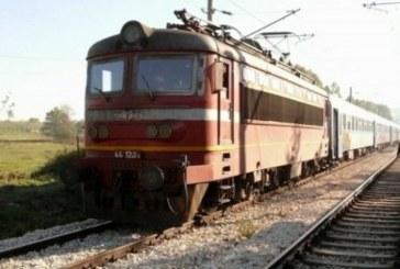 Влак прегази мъж, прибирал се от работа, прилошало му и паднал на линията