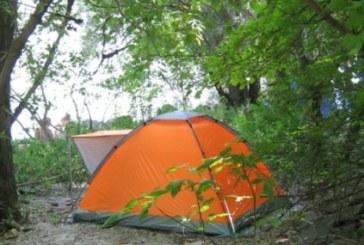 Външно министерство предупреждава туристите: Затвор за свободно къмпингуване в Гърция