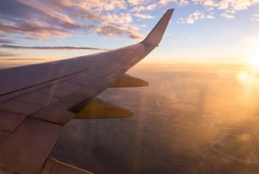 Изчезна самолет със 116 души на борда