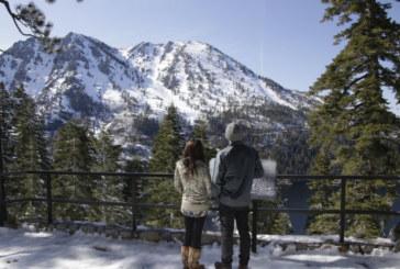 Юнски сняг зарадва скиорите