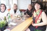 Бизнесдамата Елмира Въчкова почерпи приятелките си от дамския клуб на ДСБ в Благоевград
