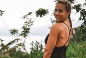 Фитнес блогърка загина в странен инцидент, дозатор се взриви в ръцете й