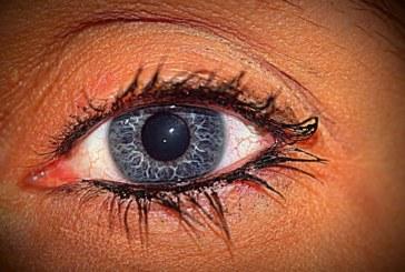 Изненадващата истина за сините очи: Те не са сини
