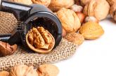 Накиснете вечер орехи в подсолена вода, сутринта ги хапнете, ефектът е поразяващ