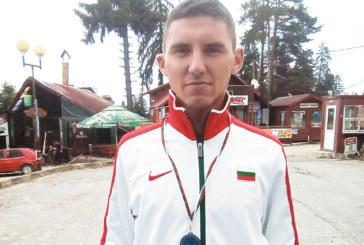 """Състезател на """"Младост-2012"""" вицешампион по планинско бягане"""
