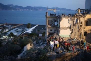 Трагедията е огромна! Вадят нови и нови трупове изпод срутената сграда в Неапол