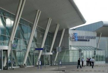 Нещо става на летище София, полиция хвърчи към Терминал 2, паниката е голяма