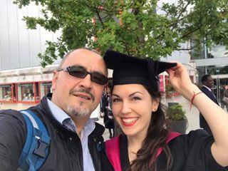 Адвокат Иван Димитров - най-щастливият татко на дипломирането на дъщеря си Виктория