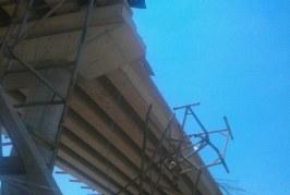 """ТРАГЕДИЯ! 30-г. заварчик е премазаният от 20-тонна греда на гара """"Тодор Каблешков"""""""
