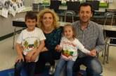 """Година след емигрирането в САЩ """"рекламните"""" ин витро бебета на Благоевград се прибраха за 50-ия юбилей на таткото, тв оператора Тони Борисов, и кръщенето на 2-г. Дарина"""