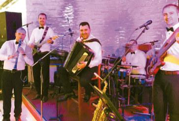 """""""Джу бокс бенд"""" откриват в петък летните македонски вечери в хотел парк """"Бачиново"""""""