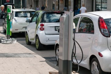 Великобритания забранява колите на дизел и бензин