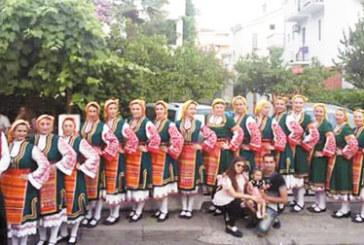Полицейски и съдебни служители, учители и медици от Благоевград демонстрираха танцови умения на фестивал в Будва